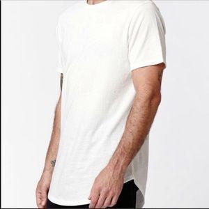 on the byas Shirts - On the byas white scallop hem tee longer length